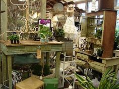 Wish I'd done this vintage garden display