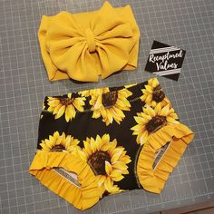 Excited to share the latest addition to my shop: NEW SPRING // Ruffle Leg Sunflower Bummies ONLY // Toddler Bummie Shorts // Limited Source by recapturedvalues Clothing girl Cute Baby Girl Outfits, Kids Outfits, Cute Outfits, My Baby Girl, Baby Love, Baby Girl Items, Baby Girl Fashion, Kids Fashion, Cute Kids
