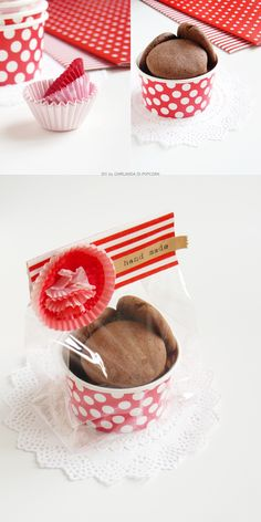 3 ways to use wrapping paper: package for cookies diy crafts упаковка конфе Bake Sale Packaging, Cake Packaging, Packaging Ideas, Packaging For Cookies, Cookie Gifts, Food Gifts, Baking Cupcakes, Homemade Gifts, Christmas Cookies