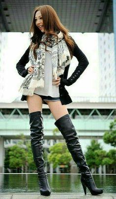 Sexy Asian Girls, Beautiful Asian Girls, Thigh High Boots Heels, Ankle Boots, Gyaru Fashion, Emo Fashion, Curvy Fashion, Gothic Fashion, Fall Fashion