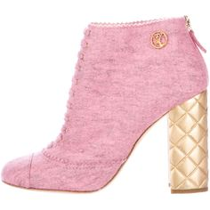 Pre-owned Chanel Felt Round-Toe Booties ($795) ❤ liked on Polyvore featuring shoes, boots, ankle booties, pink, pink booties, laced booties, block heel boots, lace up booties and block heel booties