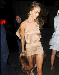 Rosie Huntington Whitely. Peachy nude.