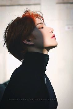 Foto Portrait, Portrait Photography, Nct Debut, Photographie Portrait Inspiration, Human Reference, Pose Reference Photo, Jung Woo, Drawing People, Taeyong