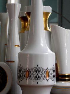 Items similar to Heinrich White Vase Gemmo White Gold Black Large Porcelain Vase Mid Century Modern Decor West Germany H & Co on Etsy Gold Vases, White Vases, White And Gold Decor, Mid Century Modern Decor, Porcelain Vase, Black Gold, Mid-century Modern, Carving, Etsy