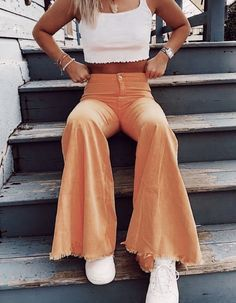 Teenage Outfits, Teen Fashion Outfits, Mode Outfits, Retro Outfits, Girl Outfits, Unique Outfits, Simple Outfits, Trendy Summer Outfits, Cute Comfy Outfits