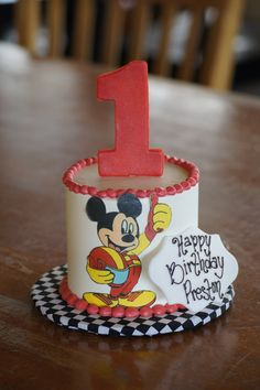 Red and white racing Mickey Mouse smash birthday cake