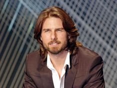 Tom Cruise looking Hawt with Longer Hair and a bit of a Beard! Tom Cruise Hair, Tom Cruise Young, Hollywood Actor, Hollywood Celebrities, Hollywood Stars, Katie Holmes, Nicole Kidman, Mtv, Celebrity Summit
