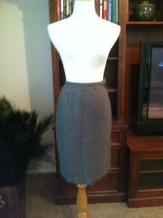 Vintage Tailored Gray Wool Pencil Skirt ILGWU Label by PDeeVintage, $8.49