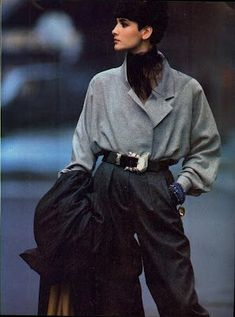 Best Fashion Look : Vogue US September 1984 A New Approach. to the Season's Standout Tailoring. Vogue US September 1984 A New Approach. Fashion 90s, Fashion Looks, Moda Fashion, Fashion History, Fashion Outfits, Fashion Trends, Vogue Fashion, Retro Fashion 80s, Queer Fashion