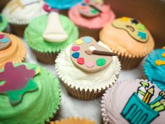 Fondant cup cakes