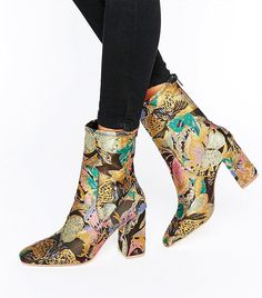 The 6 Best Pairs of Ankle Boots at ASOS via @WhoWhatWearUK