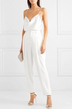Flip the heat in your occasion attire that might be hot to facilitate, with bodycon midis to A-line minis we've got you covered. Jimmy Choo, Look Fashion, Trendy Fashion, Fashion Outfits, Woman Outfits, Camisole Outfit, Rehearsal Dinner Outfits, Wedding Rehearsal Outfit, Rehearsal Dinner Looks