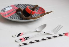 Decorate your tableware with washi tape
