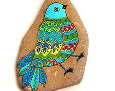 Hand Painted Stone OWL Pendant por ISassiDellAdriatico en Etsy