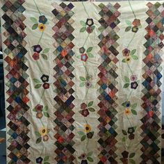 Thelma has done another gorgeous quilt great job Thelly #quilts #quiltshop #warrnambool by glencriss