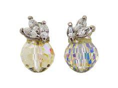 Bijoux De Ja Rodium Plated Cubic Zerconia and Swarovski Crystal Apple Shape Stud Earrings Bijoux De Ja http://www.amazon.com/dp/B00CPNNJI0/ref=cm_sw_r_pi_dp_jAV-vb1XVWSC1
