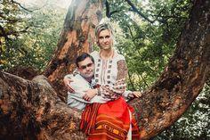 Пропоную різні види фотосесій:  - Фотозйомка весілля - Фотосесія Love Story -Дитяча , сімейна фотозйомка - Дизайн та виготовлення фотокниг