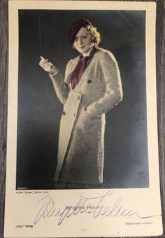 vintage postcard autograph of Brigitte Helm Metropolis 1927, Vintage, Vintage Comics