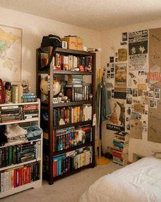 Home Library Ideas Diy Bookshelves Interior Design 47 Ideas Dream Rooms, Dream Bedroom, Girls Bedroom, Master Bedroom, Aesthetic Room Decor, Room Goals, Vintage Room, Cool Rooms, Small Rooms