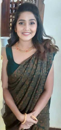 Indian Long Hair Braid, Braids For Long Hair, Desi Girl Image, Girls Image, Yams, Beautiful Indian Actress, Indian Actresses, Saree, Long Hair Styles