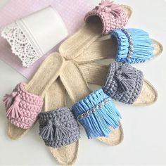 Tem pra todos os gostos. . . By @khv_juli . .. . . #sabadolindo #bomdia #crochet #crochetlove #lovecrochet #fiodemalha #crochet #crochê #crochetaddict #croché #croshet #crocheteiras #crochelovers #yarnlove #yarn #yarning #knitlove #knit #knitting #trapillo #ganchilloxxl #ganchillo #crocheaddict #totora #penyeip #вязаниекрючком #uncinetto #かぎ針編み #pantufa