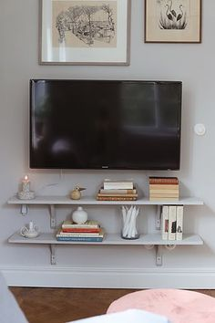 Apartment Goals, Home Tv, Mix Style, Small Places, Scandinavian Interior, Home Look, Building A House, Home Furniture, Sweet Home