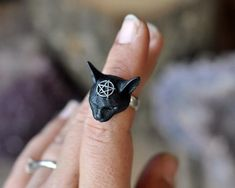 Cat head and pentagram are made of a kinf of resin and painted in hand. 925 Sterling silver band ring Thank you for your love and support Cat Jewelry, Black Jewelry, Custom Jewelry, Indian Jewelry, Polymer Clay Jewelry, Resin Jewelry, Antique Jewelry, Handmade Rings, Handmade Necklaces