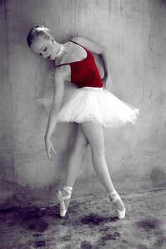 ballerina                                                                                                                                                                                 Mais