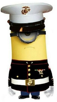 An Officer and a Minion? The Minion Marines! The minion MARINES got yer back. Amor Minions, Minions Despicable Me, Minions Quotes, Funny Minion, Minion Humor, Minions 2014, Usmc Love, Marine Love, Yellow Guy