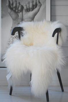 XXL Large Luxurious Genuine Icelandic Sheepskin Rug Sheep Real Fur In Natural White/Ivory/Cream Color – fur Rugs