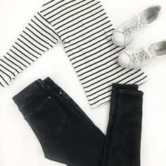 """90 curtidas, 7 comentários - Signe Hansen (@useless_dk) no Instagram: """"You just can't go wrong with stripes and white kicks #stripes #combo #mystyle #flatlay #outfit…"""""""