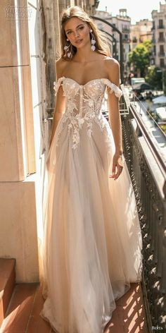 Diana Wedding Dress, Wedding Dresses For Sale, Bridal Dresses, Wedding Gowns, Fall Wedding, Trendy Wedding, Boho Wedding, Wedding Ideas, Wedding Inspiration