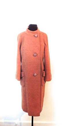 Vintage 1940s-50s mauve/pink nubby wool midi coat. #nubbywool #midicoat #pinkcoat  https://www.etsy.com/listing/274779140/vintage-mauve-wool-coat-1940s-50s-nubby