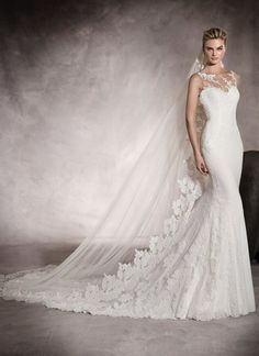 Designer :PRONOVIAS- Marvelous georgette wedding dress with a low waist and a sweetheart neckline. A gorgeous mermaid style dress with enchanting floral lace and gemstone embroidery details. Bridal Gown Styles, Bridal Style, Bridal Dresses, Pronovias Wedding Dress, Lace Wedding Dress, Wedding Dresses Perth, Wedding Gowns, Scarlett, 2017 Bridal