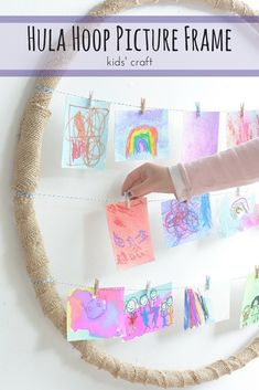We love this adorable hula hoop frame created by @mericherry. It's perfect for displaying snapshots or kids' artwork!