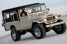 Nice Troopy Land Cruiser!