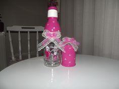 bebeklerin cicileri olmasınmı ;) kız bebekleri için süt şişesi ve minik mama kavanozu <3 sipariş verebilirsiniz..