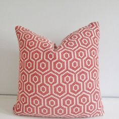Beautiful pillow cover made of a thick coral & white geometric fabric. Add a modern touch to your decor!  All of my pillows are handcrafted
