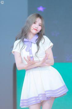 Cute Asian Girls, Pretty Girls, Pop Group, Girl Group, Girl Crushes, Kpop Girls, Harajuku, Idol, Korea