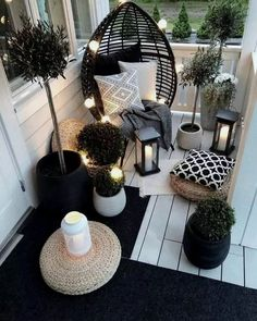 Beautiful Outdoor furniture for a small space. Beautiful Outdoor furniture for a small space. Eugenie Zimmer Beautiful Outdoor furniture for a small space. Get […] makeover black ideas backyard patio Apartment Balcony Decorating, Apartment Balconies, Cool Apartments, Apartment Ideas, Apartment Patio Gardens, Apartments Decorating, Diy Apartment Decor, Apartment Interior, Apartment Living