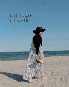 Girl Hijab, Hijab Outfit, Hijab Bride, Street Hijab Fashion, Muslim Fashion, Beach Photography Poses, Wedding Photography, Hijab Fashion Inspiration, Fashion Ideas