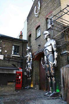 Cyberdog à Camden
