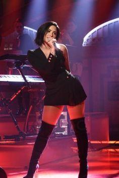 Demi Live Lovato Night 2015 17 October Saturday qqCz7F