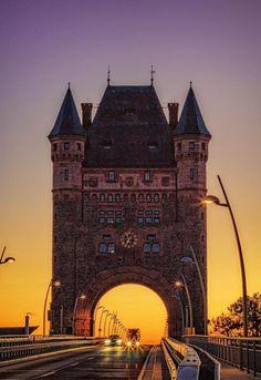 Nibelung Bridge, Worms, Germany