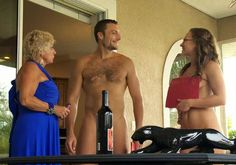 Buying and selling real estate to nudists/naturists plus reader feedback and Felicity from YNA.