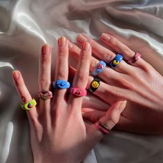 Fimo Ring, Polymer Clay Ring, Clay Art Projects, Clay Crafts, Funky Jewelry, Cute Jewelry, Diy Clay Rings, Nail Ring, Cute Clay