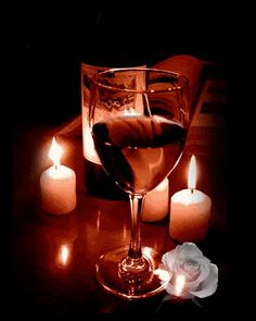 DreamDecorDesign.com <3 Candlelight Dinner & Wine