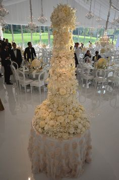 Now that's a wedding cake!  All those flowers are edible and handcrafted.  Amazing. Sylvia Weinstock Cakes Blog
