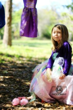 Princess Theme photoshoot | Disney Princess | dresses | young girls poses | SJG Photography  www.staciejgphotography.wordpress.com