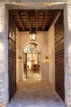 Corral del Rey, Sevilla, Spain http://www.dnahotels.com/hotel/spain/andalucia/seville/Corral-del-Rey